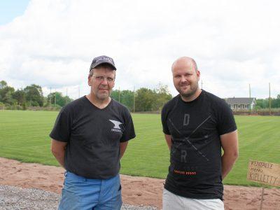 Seura rakentaa rapistuneesta urheilukentästä urheilupuistoa