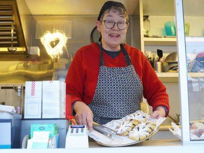 Cafe Simppu är Korpo torgs hjärta
